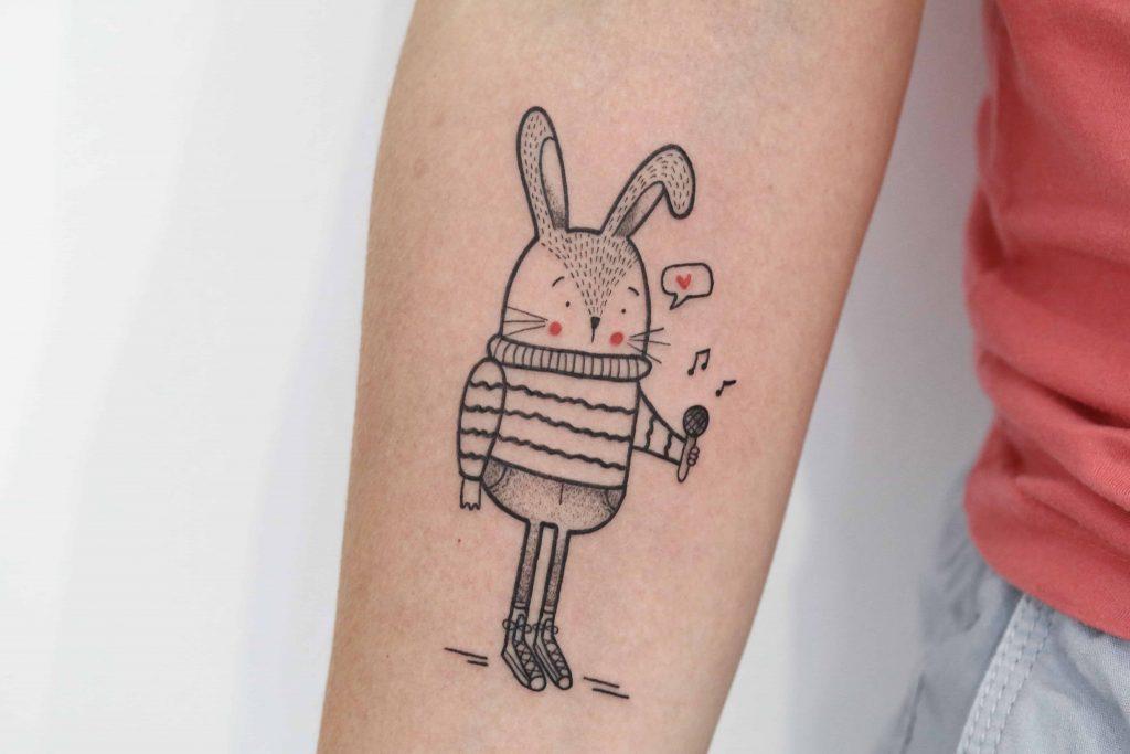 Tatuagem coelho cantor